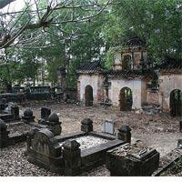 Thì thầm một đêm trong ngôi mộ cổ