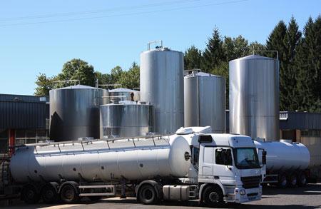 Khi nhà sản xuất gắn kết với nông trại, dinh dưỡng có nguồn chất lượng.Quy trình sản xuất khép kín cho ra đời những sản phẩm