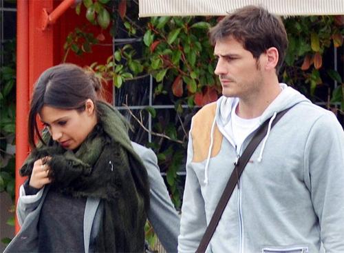 Hậu trường - Casillas tặng bạn gái siêu xe hơn 8 tỷ (Hình 5).