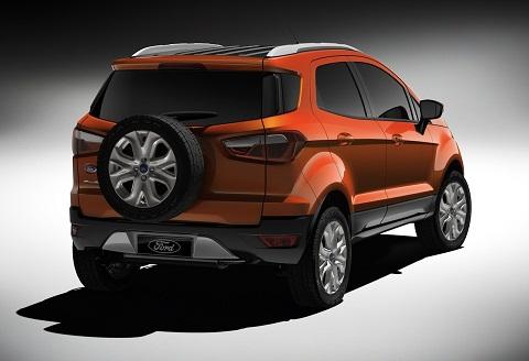 Cận cảnh xe Ford Fiesta bản động cơ EcoBoost 1.0L