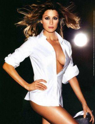 Hậu trường - Cô 'thư ký tình' cực sexy của Beckham (Hình 9).