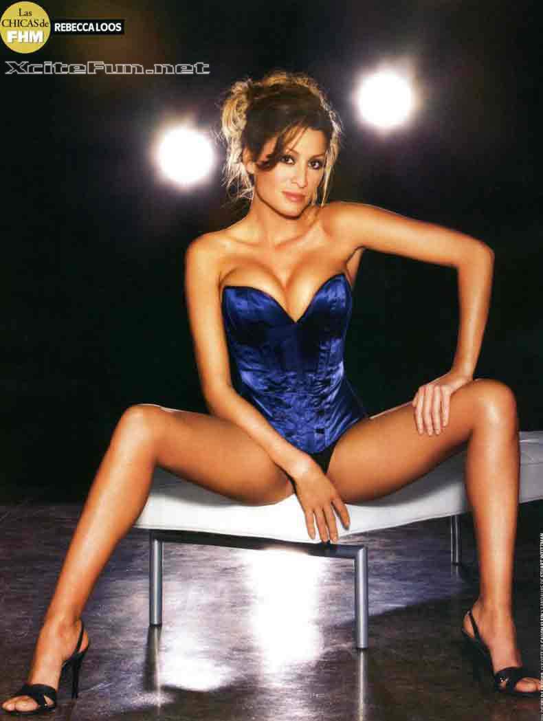Hậu trường - Cô 'thư ký tình' cực sexy của Beckham (Hình 10).