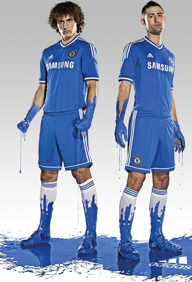 Chelsea ra mắt áo đấu mùa giải 2013-14