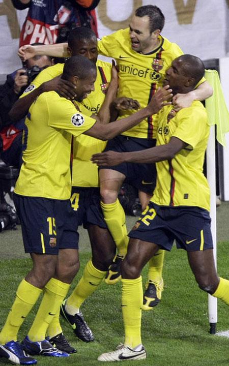 Bóng đá Quốc tế - Ngược dòng lịch sử những cuộc đối đầu của Bayern và Barca (Hình 16).
