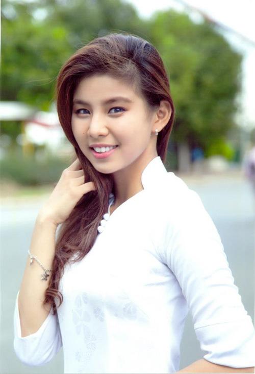 Xã hội - Ngắm 15 nữ sinh xinh đẹp nhất ĐH Quốc gia TP.HCM (Hình 12).