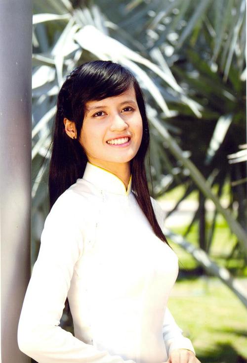Xã hội - Ngắm 15 nữ sinh xinh đẹp nhất ĐH Quốc gia TP.HCM (Hình 15).