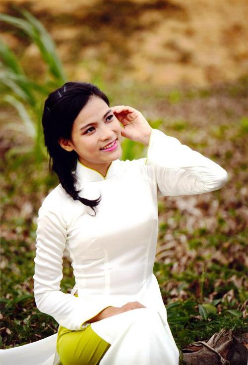 Xã hội - Ngắm 15 nữ sinh xinh đẹp nhất ĐH Quốc gia TP.HCM (Hình 8).
