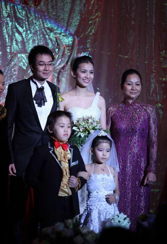 Hình ảnh Toàn cảnh đám cưới Hoa hậu Thùy Lâm số 13