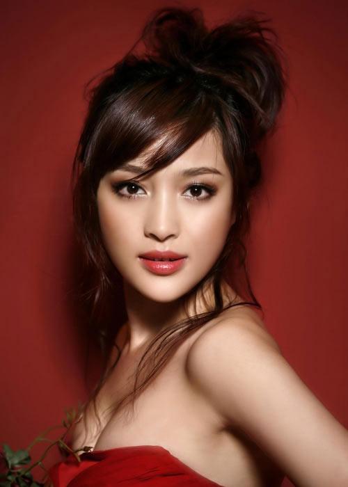 """Hình ảnh Ngắm """"nàng Phan Kim Liên"""" quyến rũ số 1"""