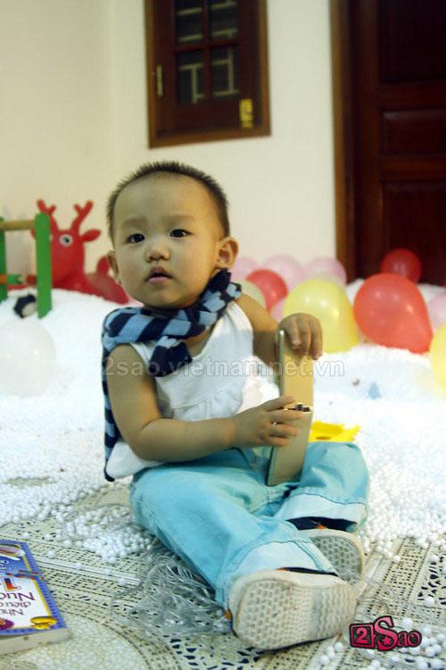 Hình ảnh Ca sĩ Thái Thùy Linh bất ngờ khoe... con gái 1 tuổi số 2