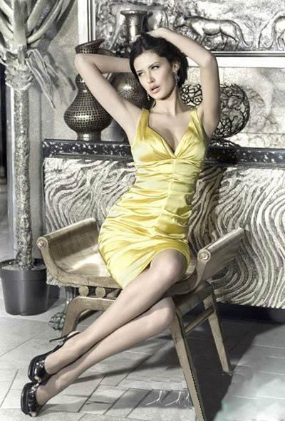 Hình ảnh Hoa hậu Nga: Sau khỏa thân sẽ là… số 24