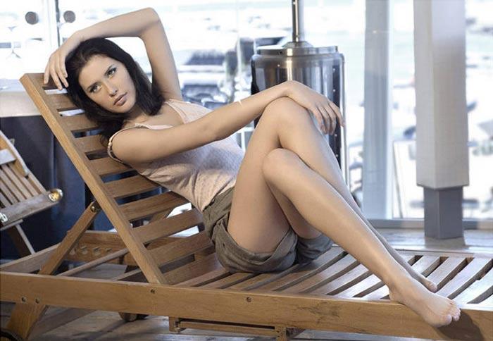 Hình ảnh Hoa hậu Nga: Sau khỏa thân sẽ là… số 14