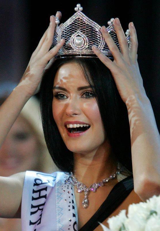 Hình ảnh Hoa hậu Nga: Sau khỏa thân sẽ là… số 32