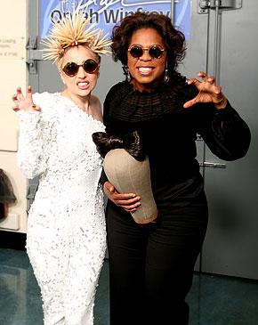 [18/01/2010]Lady Gaga nhuộm màu toàn thân Lady_gaga_oprah