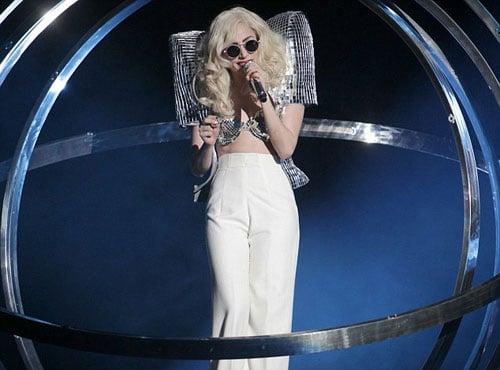 [25/01/2010]Lady GaGa: Tự biết mình rất quyến rũ! Lady-gaga-4