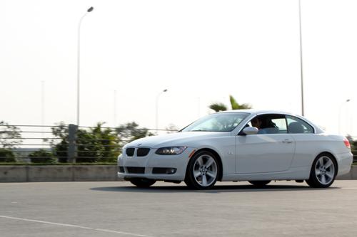 Hình ảnh BMW 335i - thêm lựa chọn xe mui trần cho giới sành điệu số 6