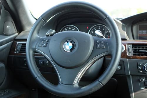 Hình ảnh BMW 335i - thêm lựa chọn xe mui trần cho giới sành điệu số 9