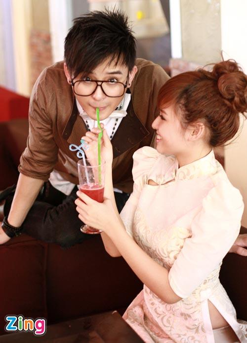 Hình ảnh Justin Nguyễn âu yếm hot girl Tâm Tít số 19