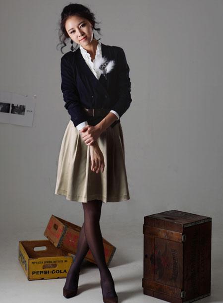 Hình ảnh Mặc váy xòe xếp ly thật đẹp! số 8