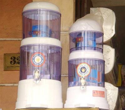Hình ảnh Bình lọc nước nào đáng tin cho người tiêu dùng? . số 2