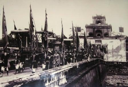 Hình ảnh Hoàng cung nhà Nguyễn qua những bức ảnh chưa từng công bố số 4