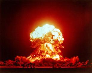 """Hình ảnh Vũ khí hạt nhân của Mỹ """"có thể phá hủy hành tinh nhiều lần"""" số 1"""