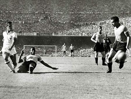Hình ảnh Các vua phá lưới ở 18 kỳ World Cup số 4