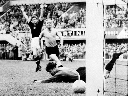 Hình ảnh Các vua phá lưới ở 18 kỳ World Cup số 5