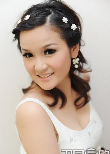 Hình ảnh Cô dâu xinh xinh với những kiểu tóc mốt nhất số 6