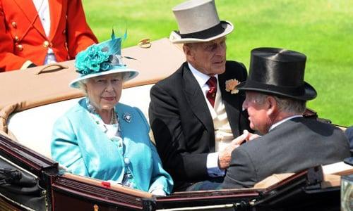 Hình ảnh Những chiếc mũ lộng lẫy của giới quý tộc Anh số 1