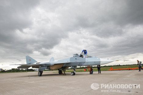 Hình ảnh Chiêm ngưỡng máy bay chiến đấu tối tân nhất của Nga số 10
