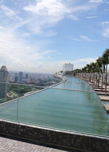 Khám phá siêu khách sạn đắt giá nhất thế giới tại Singapore A17