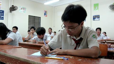 Hình ảnh Tuyển sinh lớp 10 TP.HCM: Bất ngờ điểm chuẩn số 1