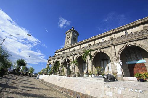 nhà thờ núi
