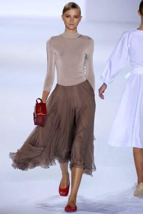 Hình ảnh Những mẫu váy lửng hấp dẫn nhất mùa thu đông 2010 số 7