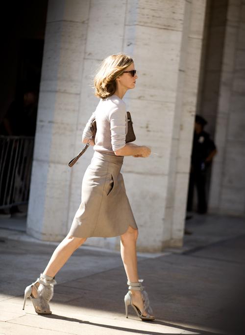 Hình ảnh Những mẫu váy lửng hấp dẫn nhất mùa thu đông 2010 số 17