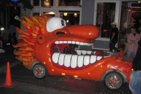 http://media.tinmoi.vn/2010/10/29/2_36_1288330272_02_Hallo-car-291010-14.jpg