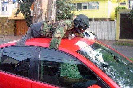 http://media.tinmoi.vn/2010/10/29/2_36_1288330272_35_Hallo-car-291010-15.jpg