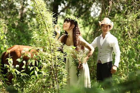 Hình ảnh Lý Hải tiếp tục khoe ảnh cưới số 2