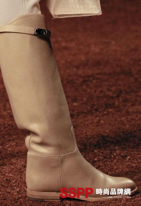 Hình ảnh Những mẫu giầy mới nhất 2011 của Hermes và John Galliano số 7