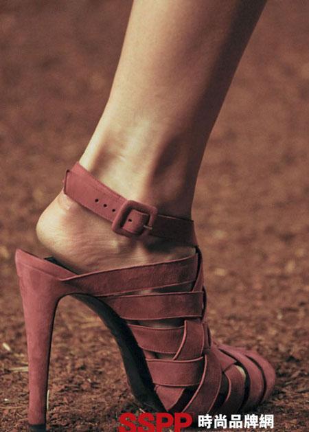 Hình ảnh Những mẫu giầy mới nhất 2011 của Hermes và John Galliano số 11