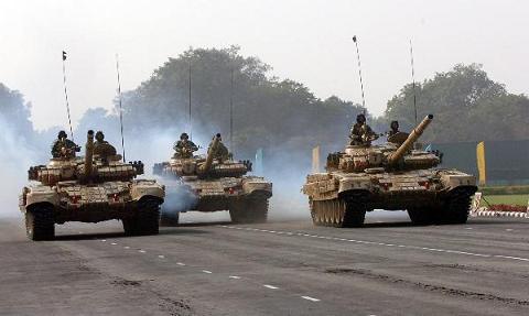 Hình ảnh Đến lượt Ấn Độ phô diễn sức mạnh quân sự số 2