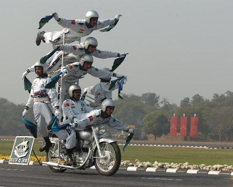Hình ảnh Đến lượt Ấn Độ phô diễn sức mạnh quân sự số 6