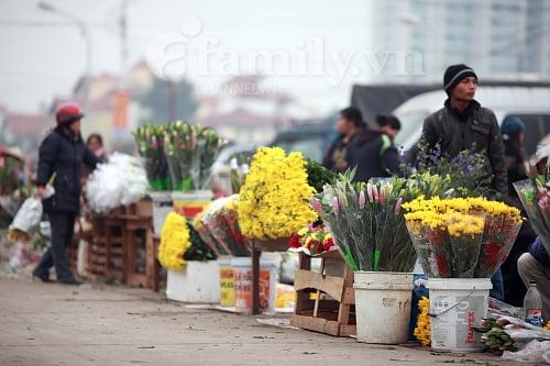 Hình ảnh Tấp nập chợ hoa ngày Tết số 3