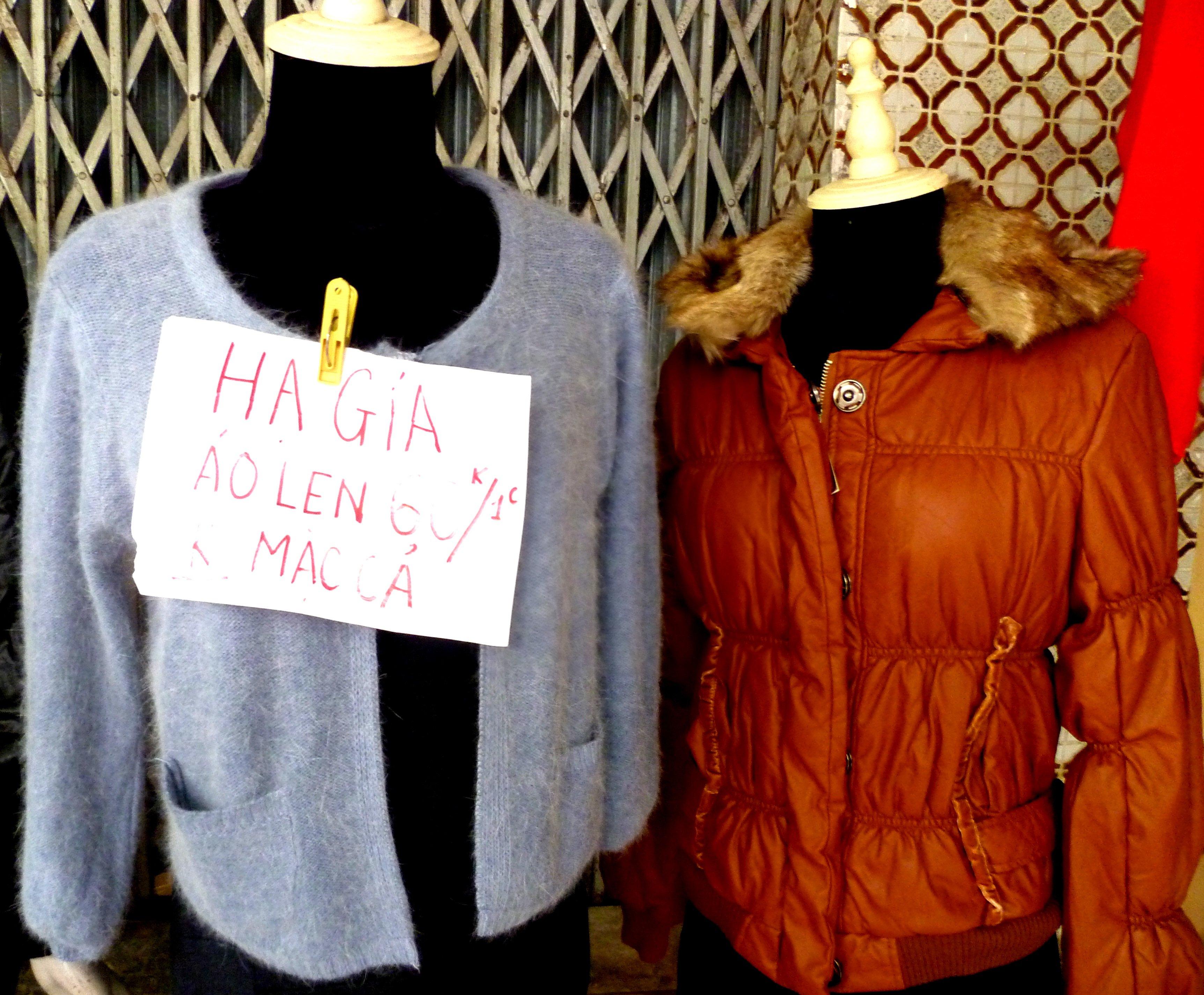 Hình ảnh Cuối năm: Vào chợ đầu mối, săn quần áo giá rẻ số 14