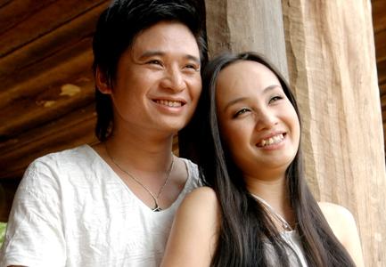 Hình ảnh Vợ chồng ca sĩ Tấn Minh - Thu Huyền lần đầu song ca số 1