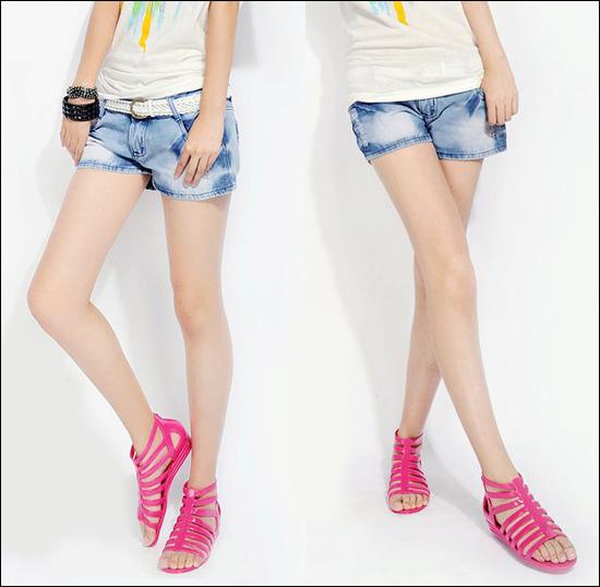 Hình ảnh Cách phối đồ năng động với quần jeans số 1