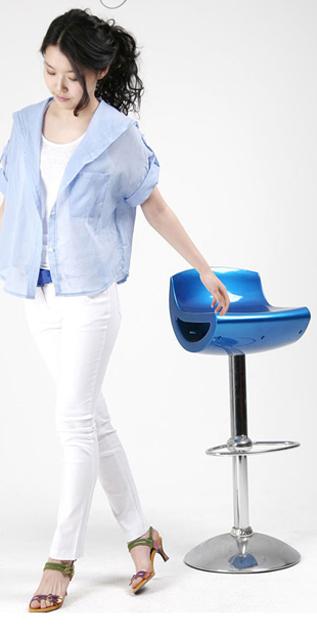 Hình ảnh Cách phối đồ năng động với quần jeans số 9