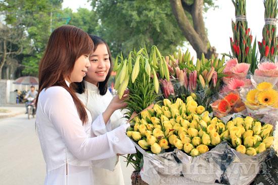 Hình ảnh Dịu dàng hoa loa kèn tháng tư số 8
