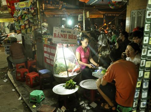 Hình ảnh Khám phá những món ăn thú vị tại chợ đêm Hà thành số 3